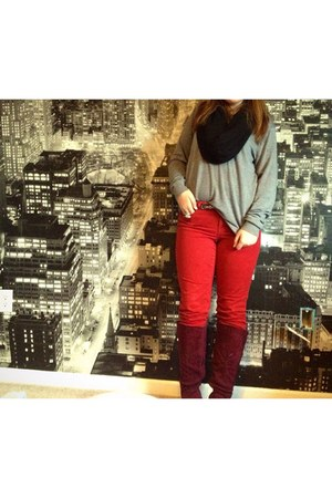 red DKNY jeans - maroon Impo boots - silver American Apparel sweater