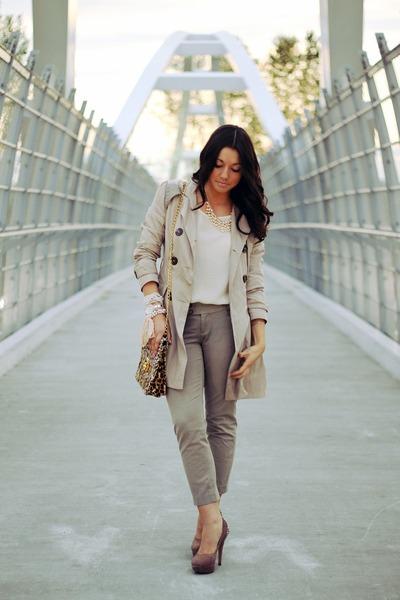 vintage purse - tan Sirens jacket - ivory Zara blouse - tan Vince Camuto heels