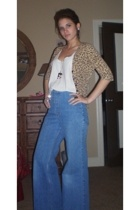 forever 21 sweater - Hanes t-shirt - vintage jeans