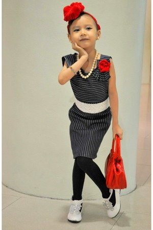 white hongkong shoes - navy DIY DENIM BLUE dress - red Red bag