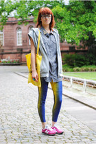blue Secondhand leggings - off white H&M blouse