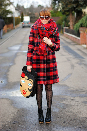 red coat - charcoal gray dress - brick red sunglasses