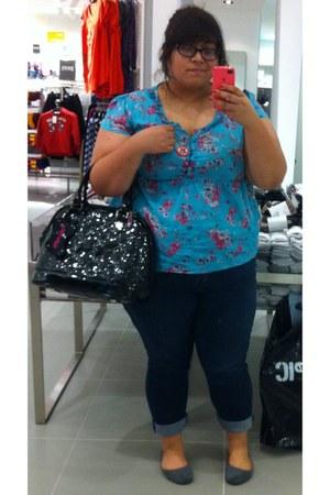 pvc Hello Kitty Loungefly bag - skinny Source of Wisdom jeans - cheap flats