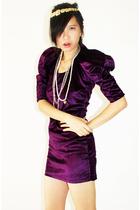 uniiko boutique dress - vintage necklace