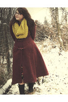 crimson thrifted sears coat - mustard Taylor House etsy scarf - black thrifted s