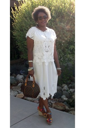 ivory vintage skirt - brown Louis Vuitton bag - hot pink Cynthia Vincent wedges