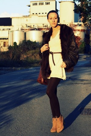 sweater - skirt - jacket - purse - boots