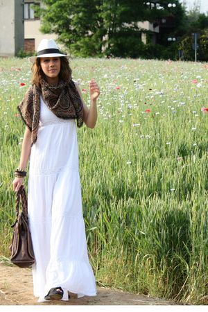 Bershka dress - max&co purse - vintage scarf - Bought in Sardinia hat - castaner