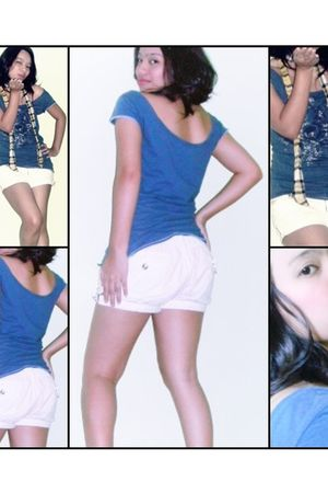 blue top - white So FAB shorts - yellow Marcella scarf