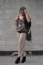 brown Zara top - beige H&M pants - brown Zara purse - black Mimosa shoes