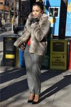 Forever 21 coat - Zara top - Zara pants - Aldo heels - FCUK gloves