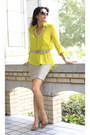 Yellow-bcbg-blouse-beige-tan-mini-skirt-bcbg-skirt