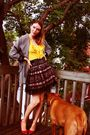 Yellow-lamb-shirt-red-sam-edelman-shoes-black-urban-behaviour-skirt