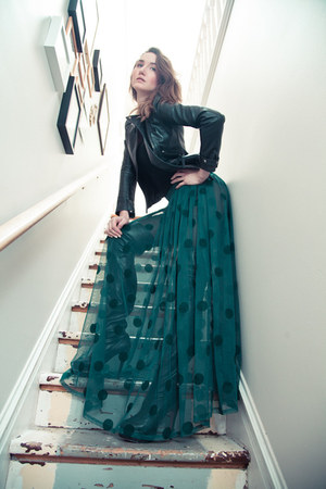 green Romwecom skirt