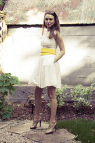 yellow romwe belt - white Club Monaco dress