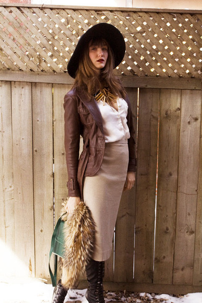 tan vintage skirt