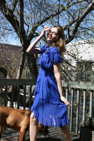 blue Burberry dress - black Forever 21 shoes - gold Club Monaco necklace