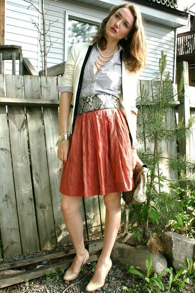 orange Club Monaco skirt - beige BCBG shoes - white pink tartan cardigan