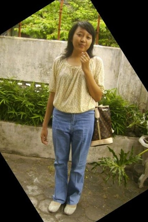top - jeans - shoes - accessories