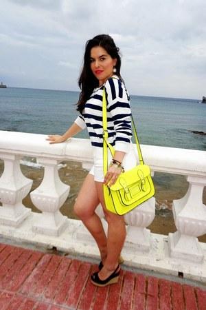 navy pull&bear sweater - yellow satchel bag - white Zara shorts