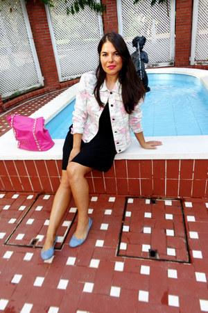 black iconic bcn dress - cream riverside jacket - hot pink gasel bag