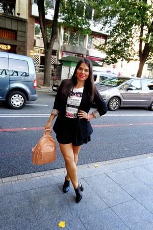 black H&M blazer - cream vgg bag - black Zara shorts