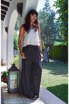 white Zara top - black Zara pants - black strappy heels Zara heels