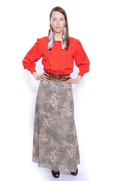tan chichsopca Vintage skirt - brick red chicshopca Vintage blouse