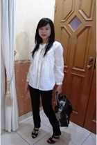 random boutique blouse - new future jeans - Chlo accessories - Charles & Keith s