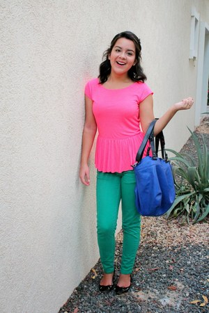 blue oversized Zara bag - teal Zara pants - hot pink peplum American Eagle top