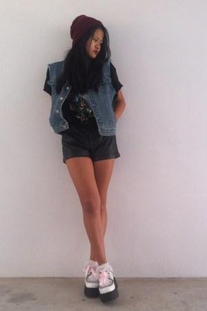 hat - jacket - shorts - top