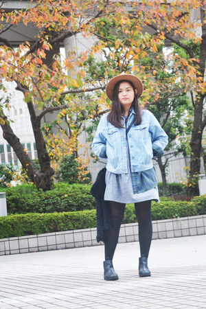 sky blue thrifted jacket - black h&m divided boots