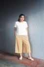White-mango-top-mustard-culottes-pants-white-sm-parisian-sandals
