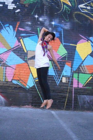 white top - purple Urban Outfitters scarf - black Urban Outfitters leggings - br
