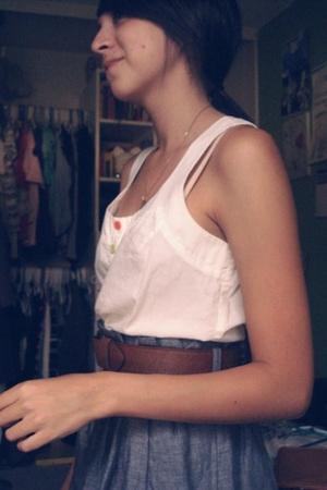 delias top - forever 21 belt - Forever21 skirt