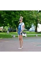 white Mohito bag - blue dungarees SH shorts - black cat eye zeroUV sunglasses