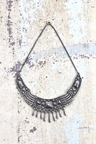vanessa mooney necklace