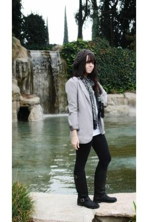 target black boots - dark gray hat - forever21 black leggings - nordstroms heath