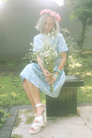 white heels - sky blue floral dress Agree to Shop dress