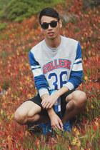 blue nike sneakers - black denim cotton on shorts - heather gray H&M sweatshirt