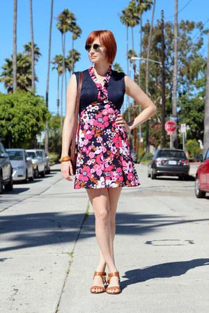 bubble gum vintage dress - dark brown vintage purse