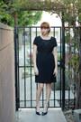 Black-vintage-dress-black-vintage-heels