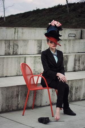 black H&M blazer - black H&M pants - blue blouse - gray accessories - black shoe