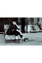black black blazer St Yves blazer - eggshell basic shirt shirt - black velvet pa