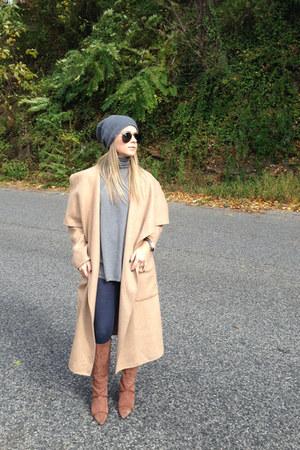 Zara coat - BCBG boots - Zara hat - Ray Ban sunglasses