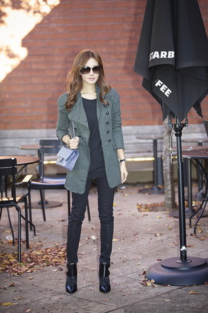 Pierre Balmain jacket - Tibi shoes - J Brand jeans - Chanel bag