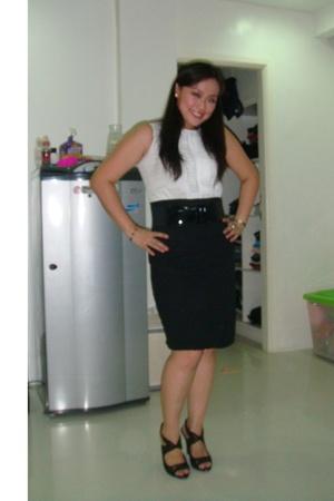 Kisses & Co dress - Zara shoes