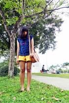 tawny Parisian bag - mustard July shorts - mustard ballet Primadonna flats