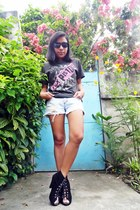 black isis t-shirt