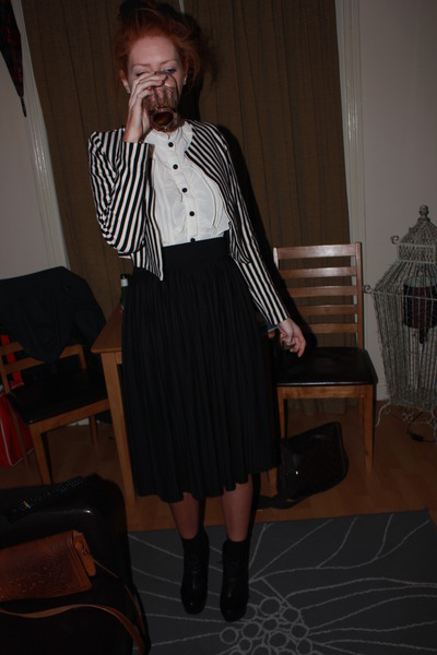 black H&M jacket - white Boutique in LA top - black Miss Selfridge skirt